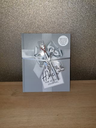 Mrs Hinch book and crystal pen
