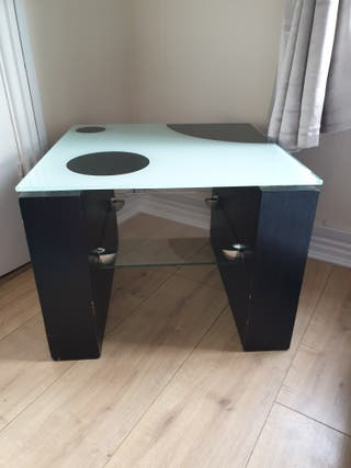 side table black and glass