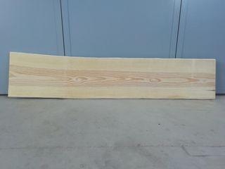 Cabecero de pino viejo