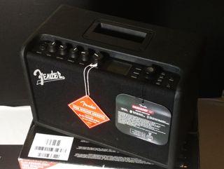 Amplificador guitarra Fender Mustang GT40