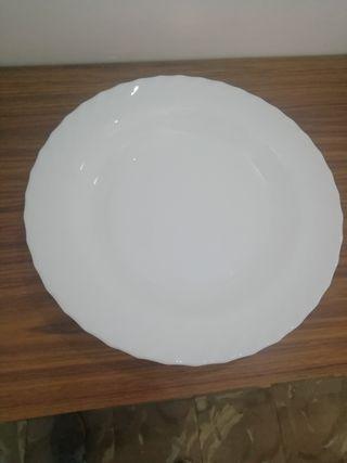 fuente/plato grande blanco