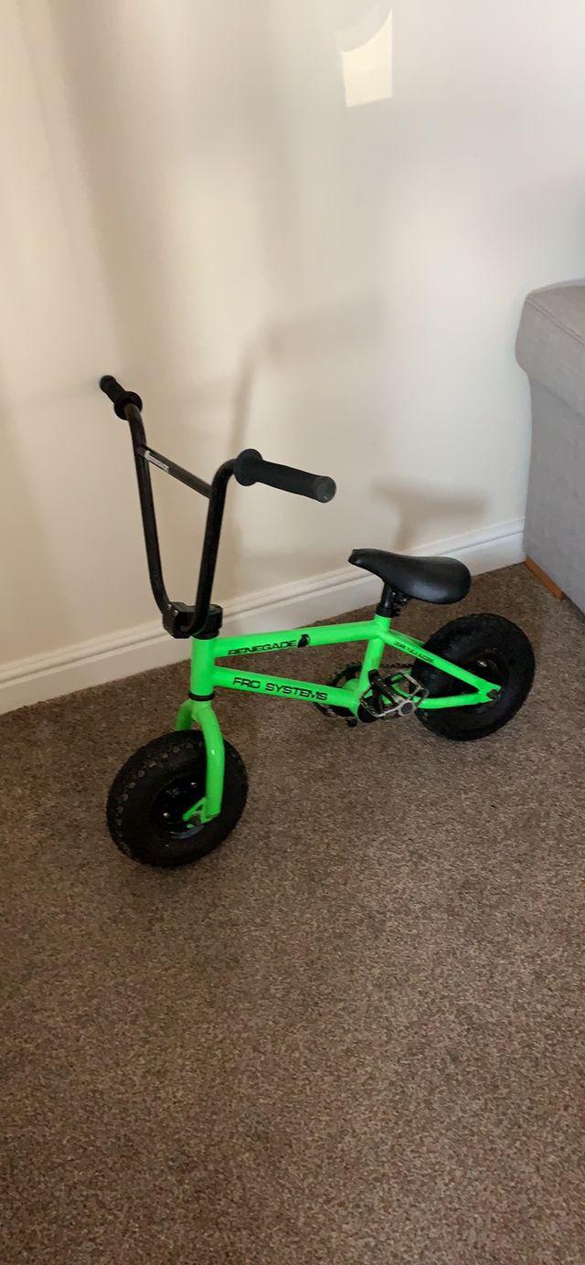 Mini bmx stunt bike great condition