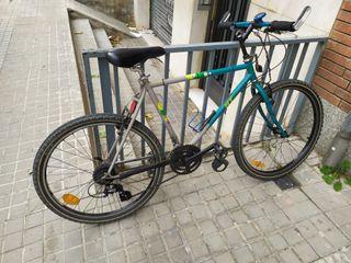 Bicicleta BTT excelente estado 26