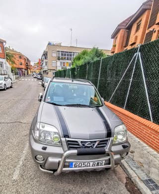 Nissan X-trail 4x4, 6 marchas, 2.2