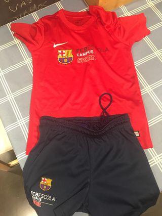 Equipación campus FC Barcelona. T.8-10. Nike.