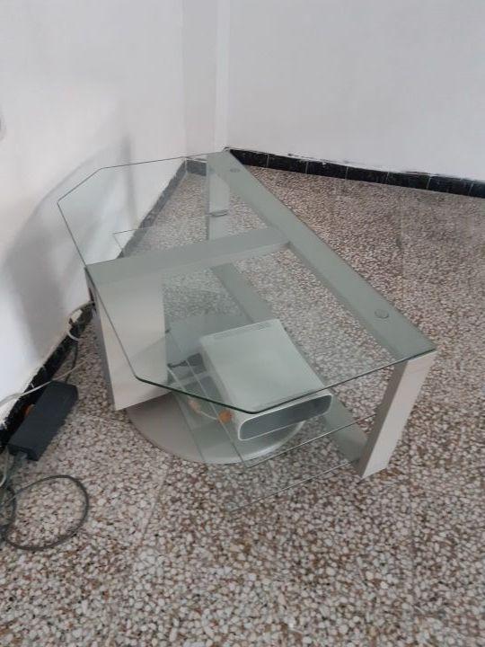 Mesa tv de acero y cristal