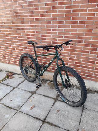 Bicicleta montaña 27,5+