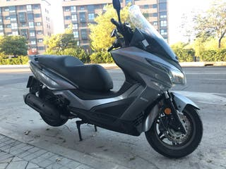 Kymco Grand Dink 125 abs 20.800kms 2600€