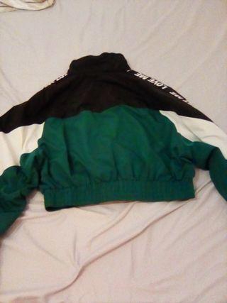 chaqueta fina bershka