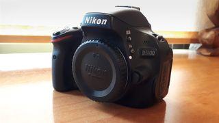 Camara reflex Nikon D5100 (cuerpo)