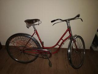 bicicleta de paseo mujer antigua