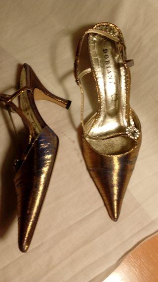 Zapato fiesta tacón.