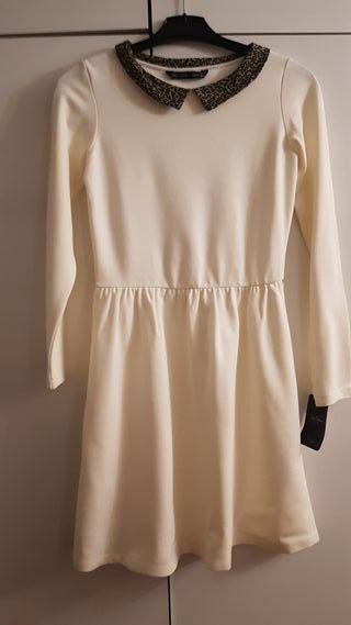Vestido blanco cuello babydoll Zara