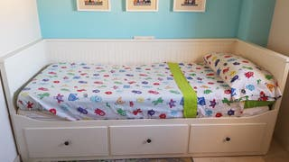 Sofá, cama individual, cama doble y almacenaje