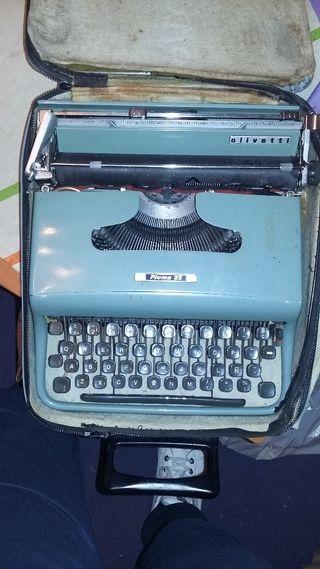 máquina de escribir de coleccion