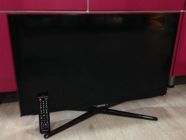 "TELEVISOR LED SAMSUNG 32"" UE32ES5800 SMARTTV"