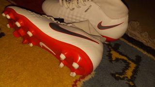 botas de fútbol con calcetín