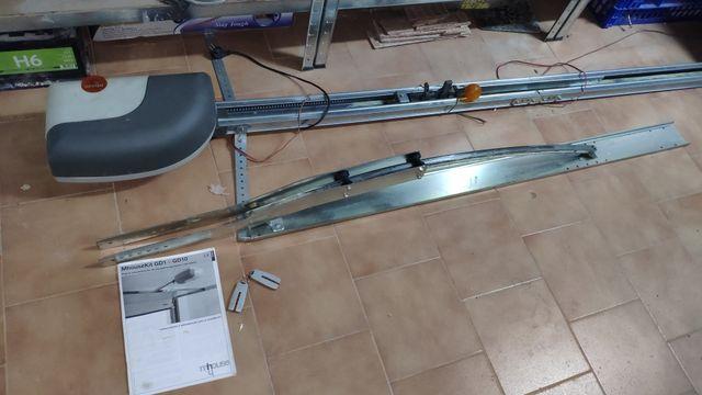 motor y mecanismo puerta garaje