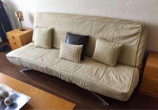 Sofá cama de 135 cm.