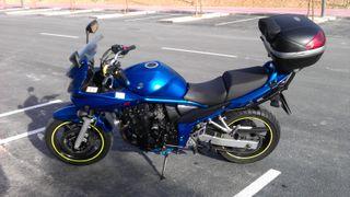 Moto Suzuki Bandit 650 GSF650SA ABS