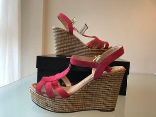 Sandalias plataforma color rosa coral - UNISA