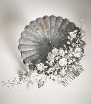 Peina de novia hecha a mano tocado joya invitada