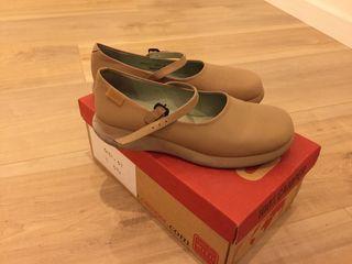 Zapatos Camper número 37