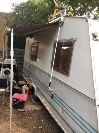 Caravana roller equipada