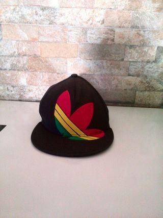 gorra adida