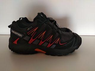 Zapatillas montaña Salomon. Hago envíos
