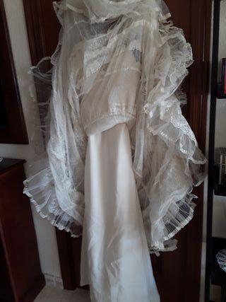 Vestido de novia. Marca Yolan cris.