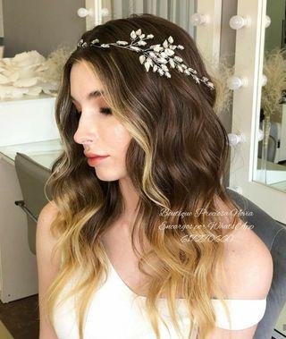 Tiara de cristal en color plata tocado novia joyas