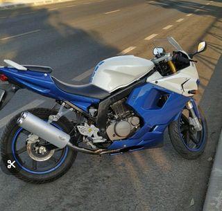 Hyosung GT 125cc