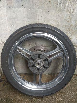 rueda trasera Kawasaki gpz400