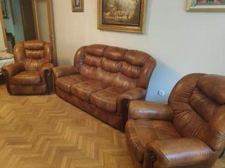 Sofa y dos sillones
