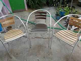 sillas de jardín.