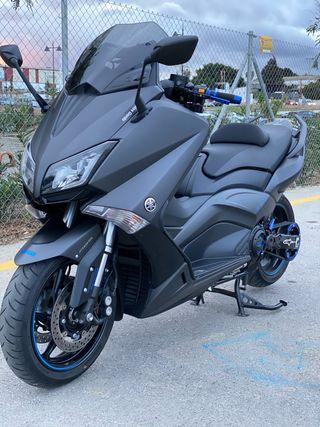 Yamaha tmax530