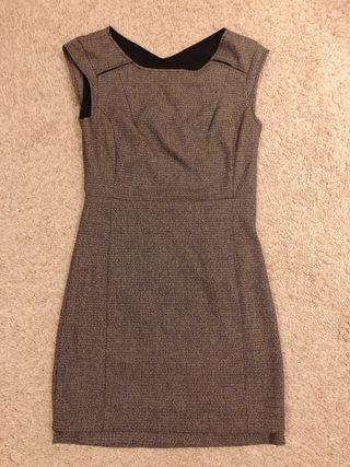 Vestido gris pull & Bear talla M