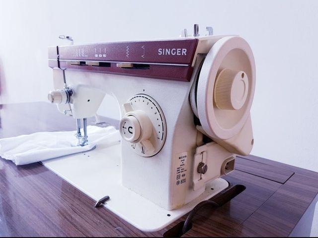 Maquina de coser Singer 968