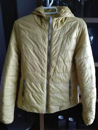 chaqueta plumón Bershka talla S