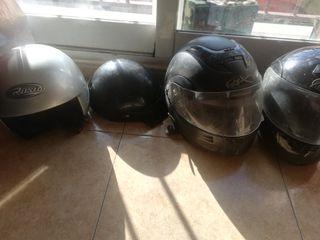 4 cascos de moto