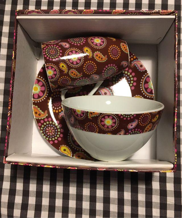 Conjunto de taza, bowl y plato.