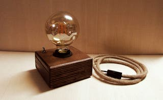 Lámpara vintage madera