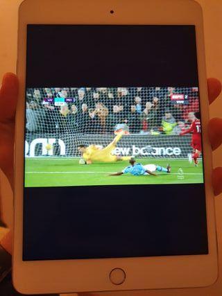 iPad mini 4 WIFI 128GB + funda Logitech