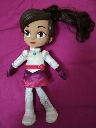 Nella - muñeca Canta y Habla