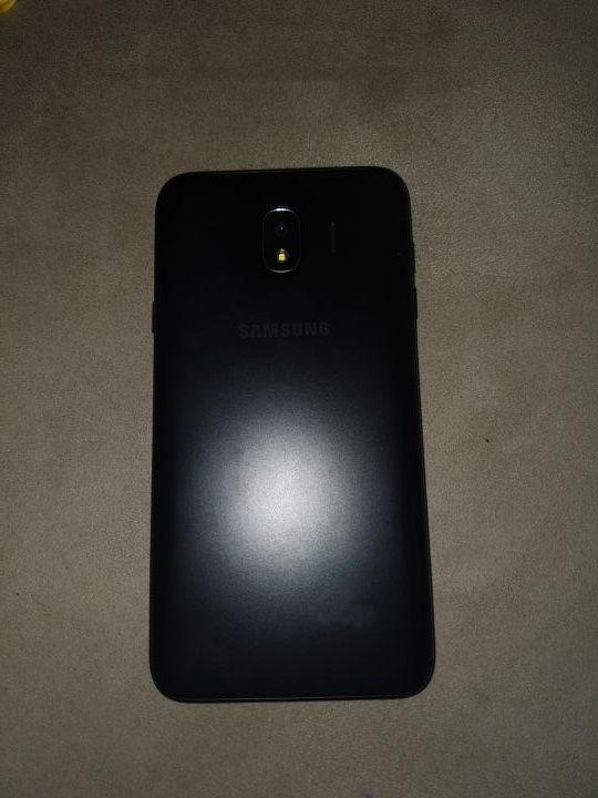 Samsung Galaxy J4 poco usado