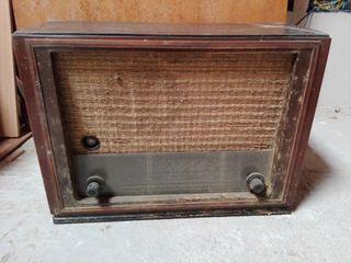 Ràdio antiga Telefunken traviata
