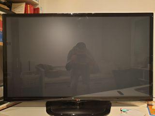 TELEVISION COMO NUEVA LG 50 PULGADAS