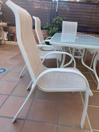 Mesa aluminio blanca + 6 sillones jardín