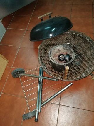Barbacoa tipo weber 57cm diámetro